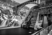 CROTON DAM WITH BIG STOPPER
